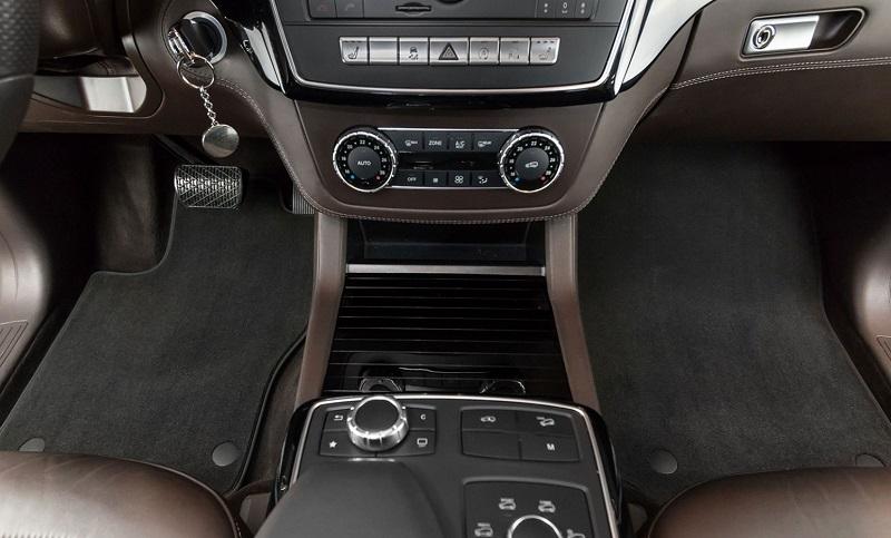 Tipski tekstilni tepihi za avto za dobro zaščito poda