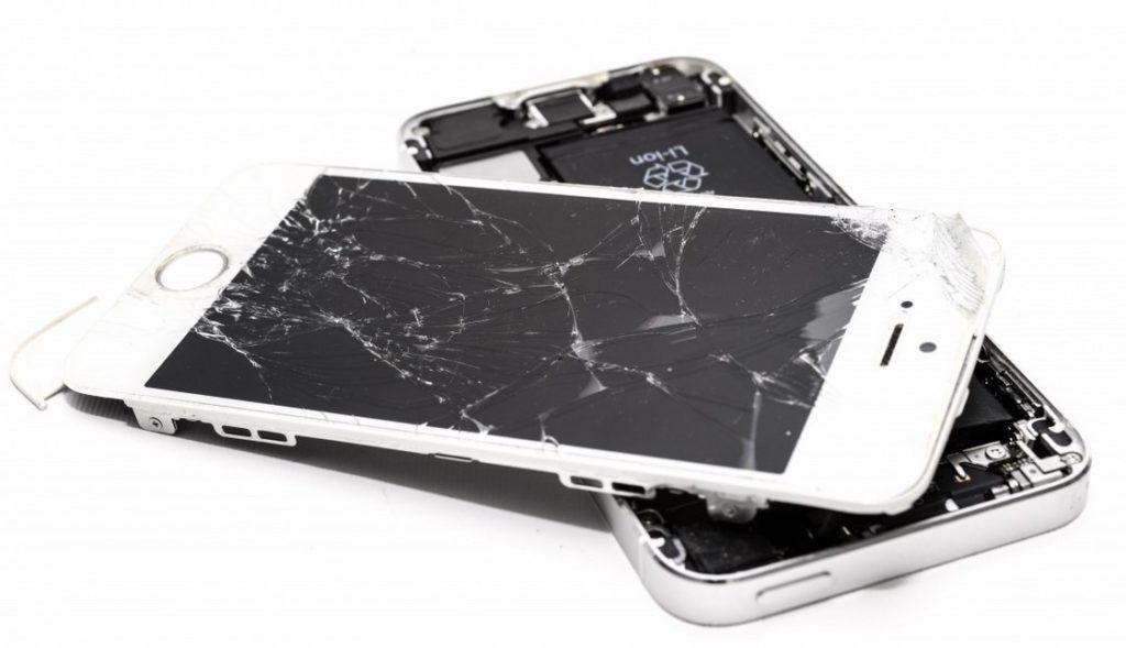 Kako poteka strokovno popravilo stekla telefona?